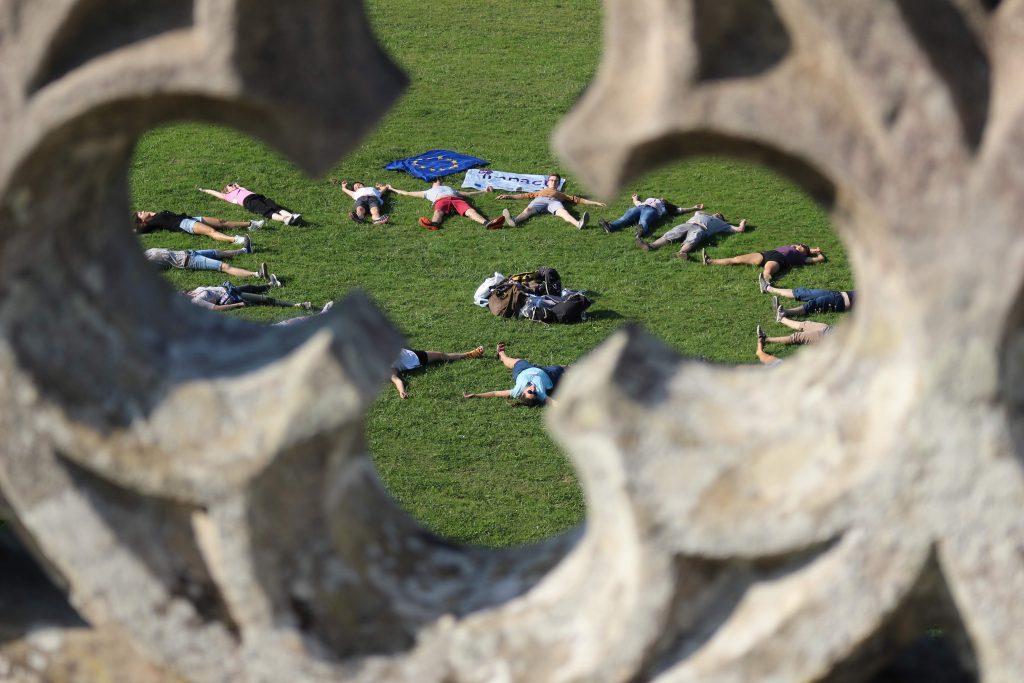 Imagen de varios voluntarios en un proyecto europeo